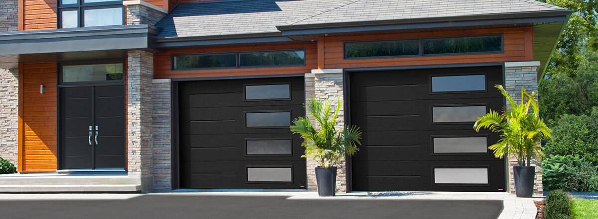Vog, 9u0027 X 7u0027, Black, Window Layout: Right Side
